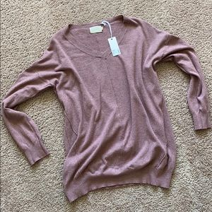 Dreamers stretchy comfy fit sweater - size L